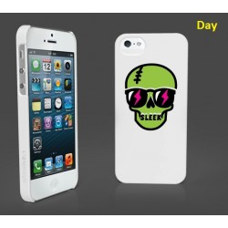 Накладка SleekOn Skull для iPhone 5/5S/SE